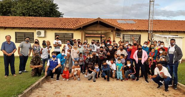 Grupo de venezuelanos é acolhido no Mato Grosso para trabalhar em frigorífico no interior do estado