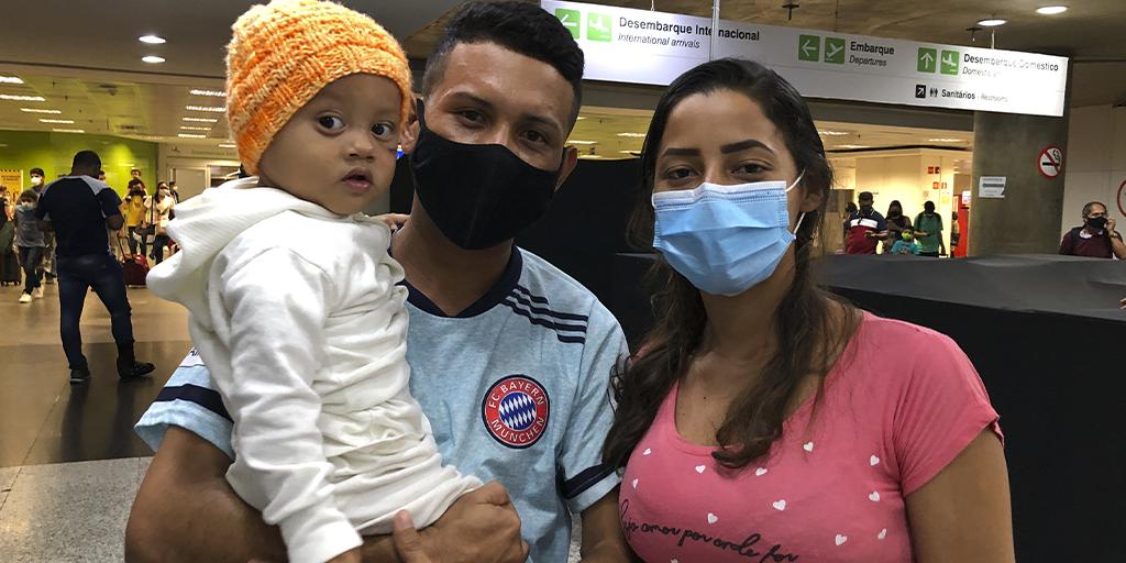 """""""Estou muito feliz e sou grato pelas oportunidades que consegui aqui"""", diz venezuelano que escolheu o Brasil para refazer a sua vida"""